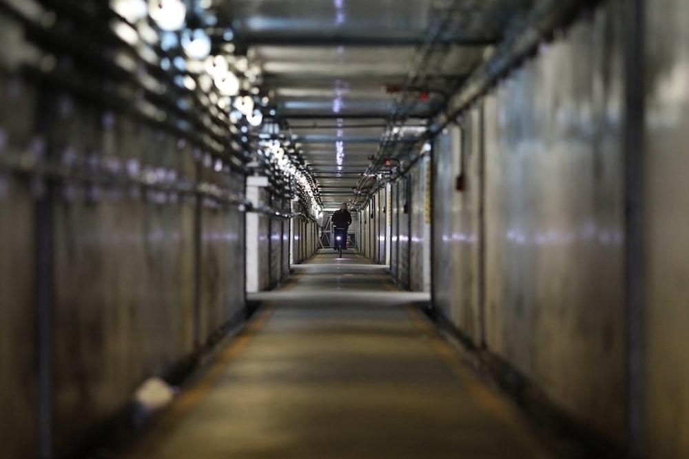 広島駅の蛇トンネルとカープロードコース ランニングコース丨ラン ...